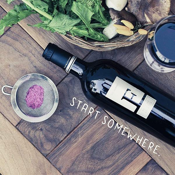 Rượu Vang Chữ F