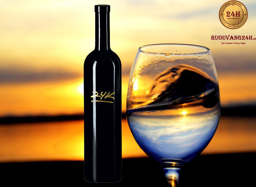 Rượu Vang Gold 24k Plozza