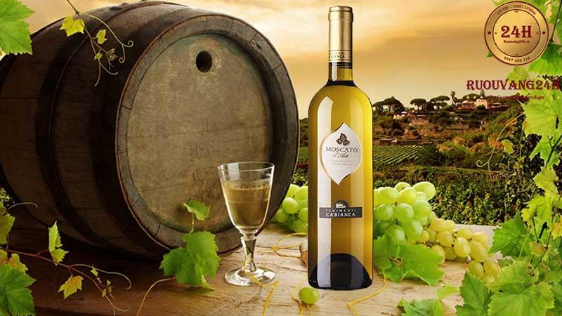 Rượu vang Ca'Bianca Moscato