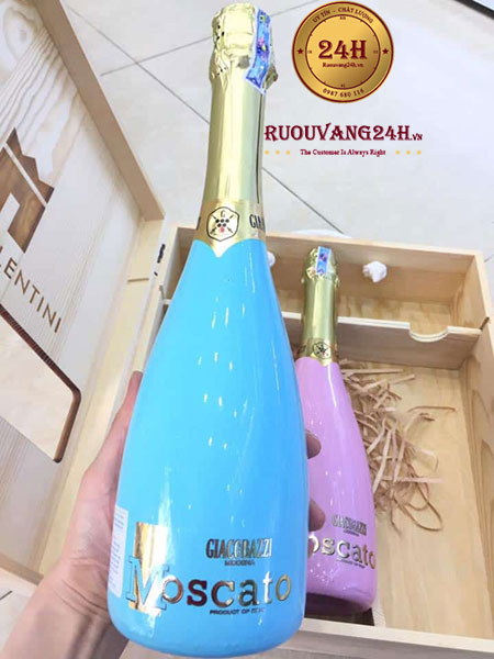 Rượu vang Moscato Bianco Sparkling Sweet White In Blue Flute