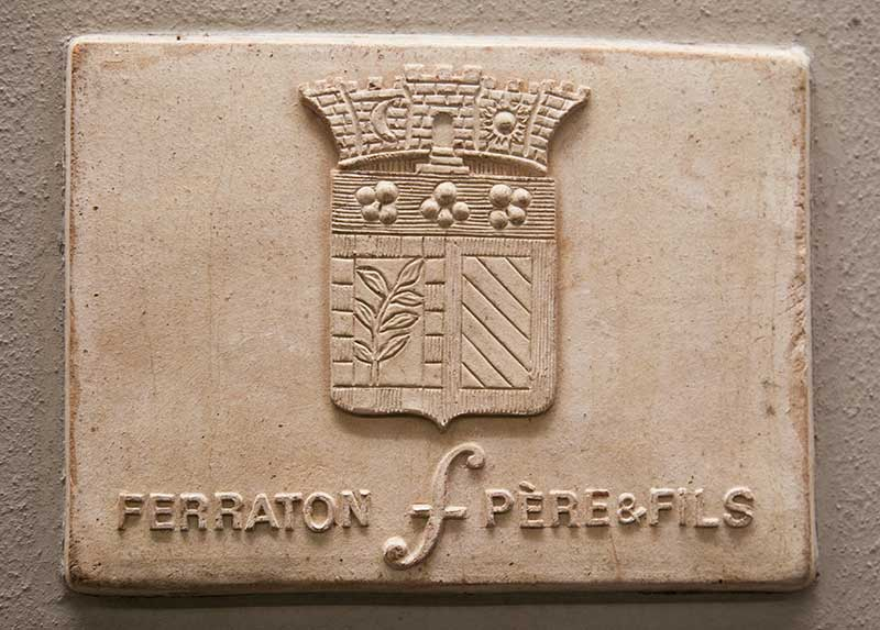 rượu vang Ferraton Père & Fils