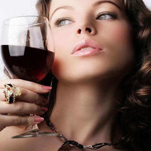 rượu vang ngon và tốt cho phụ nữ