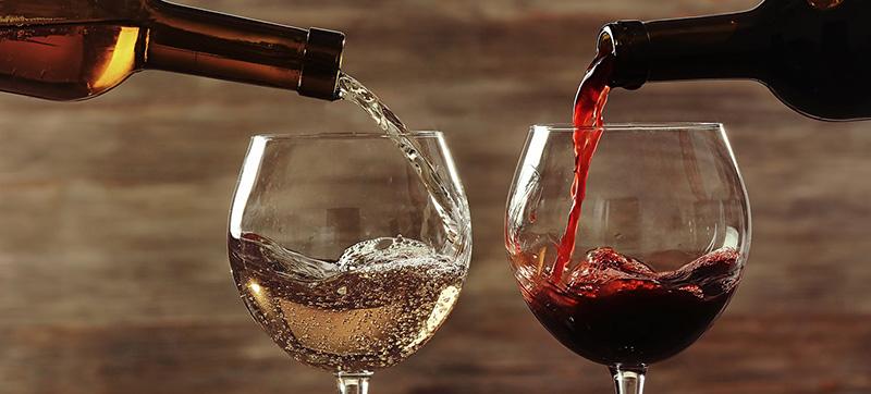 Cách rót rượu